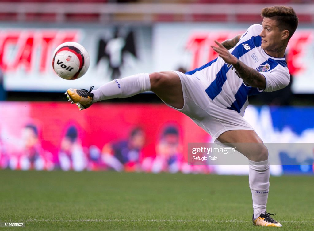 Otavio Monteiro of Porto controls the ball during the friendly match between Chivas and Porto at Chivas Stadium on July 19, 2017 in Zapopan, Mexico.