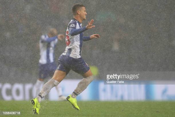 Otavio of FC Porto celebrates after scoring a goal during the UEFA Champions League Group D match between FC Porto and Lokomotiv Moscow at Estadio do...