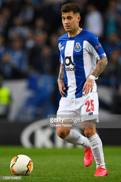 Otavio of Porto in action during the UEFA Europa League round of 32 second leg match between FC Porto and Bayer 04 Leverkusen at Estadio do Dragao on...