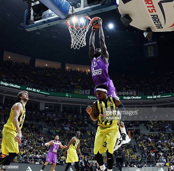 Othello Hunter #21 of Real Madrid in action during the 2016/2017 Turkish Airlines EuroLeague Regular Season Round 10 game between Fenerbahce Istanbul...