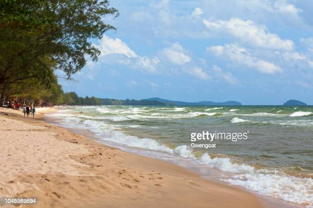 otres beach in sihanoukville - gwengoat stock pictures, royalty-free photos & images