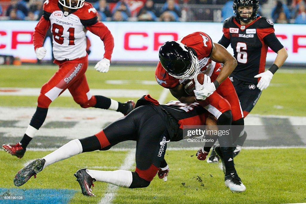 TORONTO, ON - NOVEMBER 27 - Ottawa Redblacks Jonathan Rose makes a... News  Photo - Getty Images