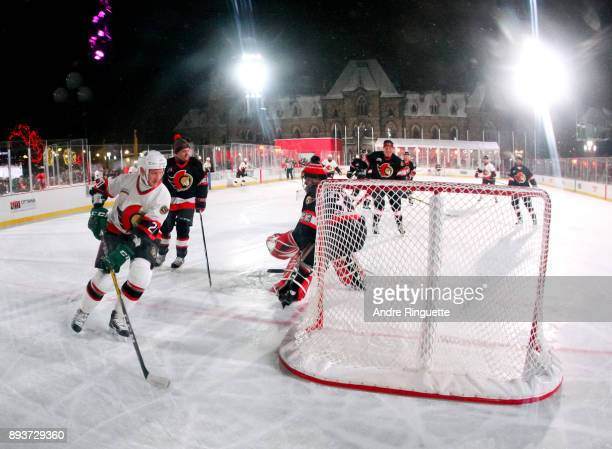 Ottawa Senators alumni Magnus Arvedson stickhandles the puck during the 2017 Scotiabank NHL100 Classic Ottawa Senators Alumni Game on Parliament Hill...