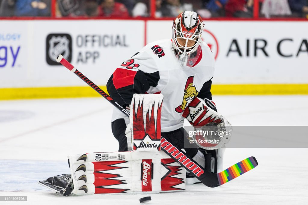 Ottawa Senators Goalie Anders Nilsson makes a pad save during warm-up...  News Photo - Getty Images