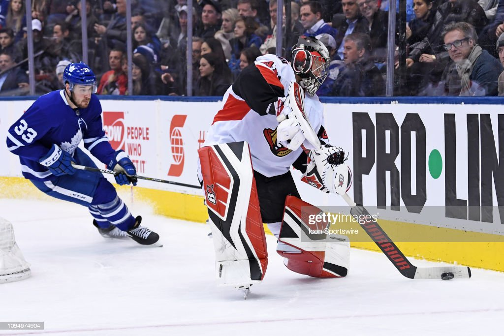 NHL: FEB 06 Senators at Maple Leafs : News Photo