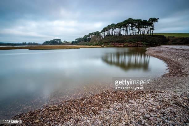 otter head, budleigh salterton, east devon aonb - pebble stock pictures, royalty-free photos & images