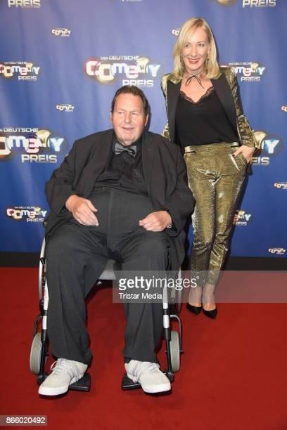 Ottfried Fischer and his girlfriend Simone Brandlmeier attend the German Comedy Awards at Studio in Koeln Muehlheim on October 24 2017 in Cologne...