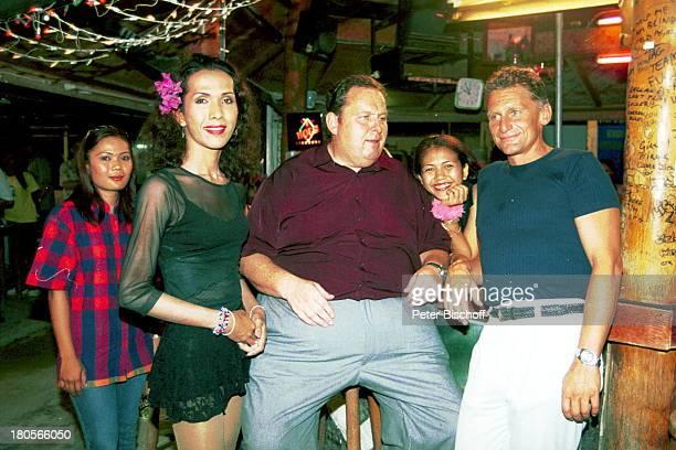 Ottfried Fischer Rainhard Fendrich LadyBoy ARDFilm Eine Insel zum Träumen Insel Koh Samui Thailand/Asien NightClub Schauspieler Sänger