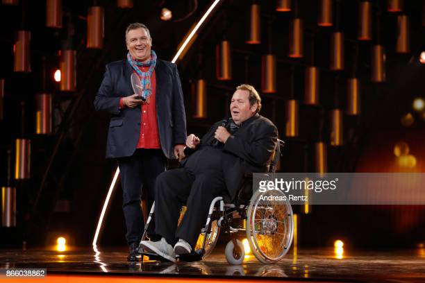 Ottfried Fischer receives the Honorary Award by Hape Kerkeling during the 21st Annual German Comedy Awards on October 24 2017 in Cologne Germany