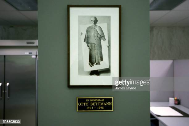 otto bettmann memorial photograph at corbis fpf - bettmann corbis stock pictures, royalty-free photos & images