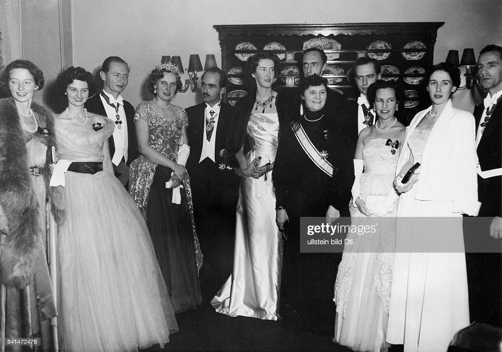 Otto Habsburg - Familienfoto u.a. mit Ex-Kaiserin Zita : News Photo