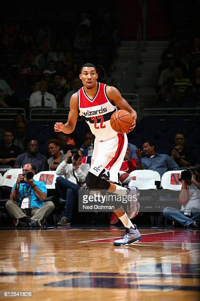 Otto Porter Jr #22 of the Washington Wizards brings the ball up court against the Miami Heat during a preseason game on October 4 2016 at Verizon...