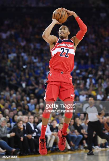 Otto Porter Jr #22 of the Washington Wizards shoots the ball against the Golden State Warriors during their NBA basket ball game at ORACLE Arena on...