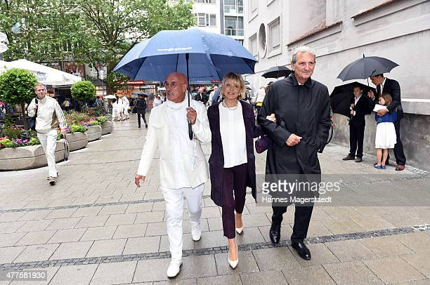 Otto Retzer Uschi Glas and Dieter Hermann attend the memorial service for the deceased actor Pierre Brice at Saint Michael church on June 18 2015 in...