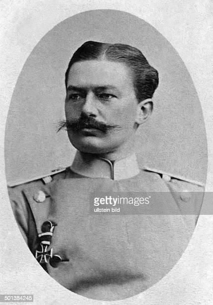 Otto von Beneckendorff und von Hindenburg Brother of German statesman and field marshal Paul von Hindenburg wearing the uniform of an Uhlan - undated