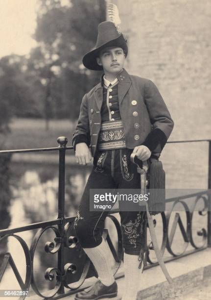 Otto von Habsburg wearing a honorary captain?s uniform. Photography, about 1930. [Otto Habsburg in der Uniform eines Ehrenhauptmannes einer...