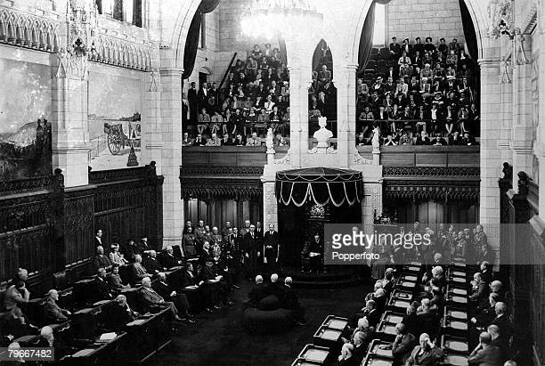 Ottowa Cananda 14th September A scene in the Canadian Parliament as Lord Tweedsmuir Governor general reads the address from the throne during their...