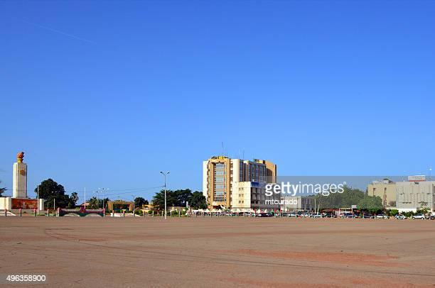 ouagadougou, burkina faso: obelisk at place de la revolution - ouagadougou stock pictures, royalty-free photos & images