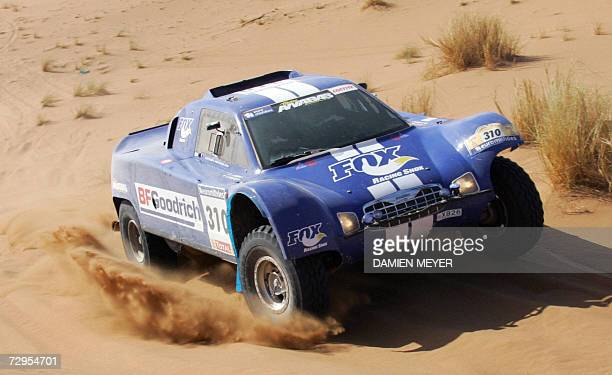 France's JeanLouis Schlesser in a Ford is on his way to win the fourth stage of the 29th Dakar between Er Rachidia and Ouarzazate 09 January 2007...
