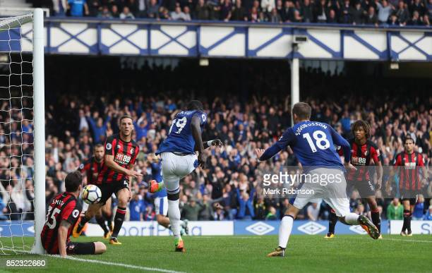Oumar Niasse of Everton scores his sides second goal during the Premier League match between Everton and AFC Bournemouth at Goodison Park on...