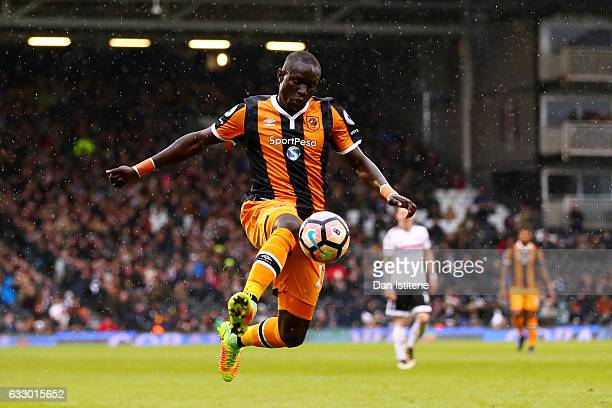 Oumar Niasse of Hull City controls the ball during the Emirates FA Cup Fourth Round match between Fulham and Hull City at Craven Cottage on January...