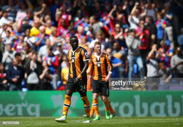Oumar Niasse of Hull City looks dejected after Crystal Palace second goal during the Premier League match between Crystal Palace and Hull City at...