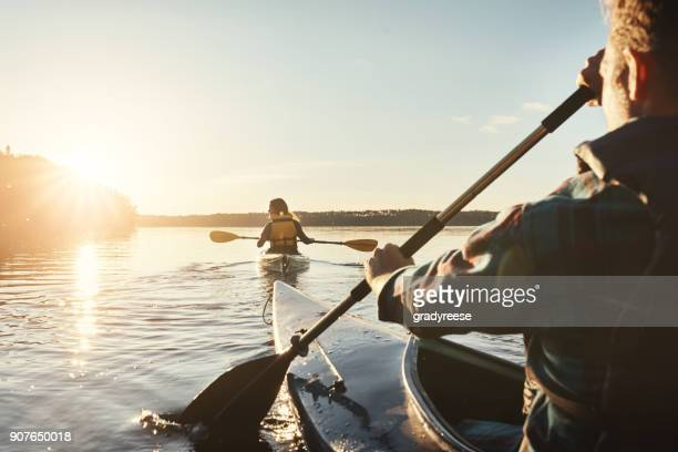 our favourite lake to kayak on - lago imagens e fotografias de stock
