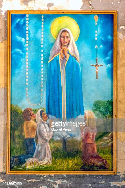 our lady of fatima: a catholic miracle - our lady of fatima stock pictures, royalty-free photos & images