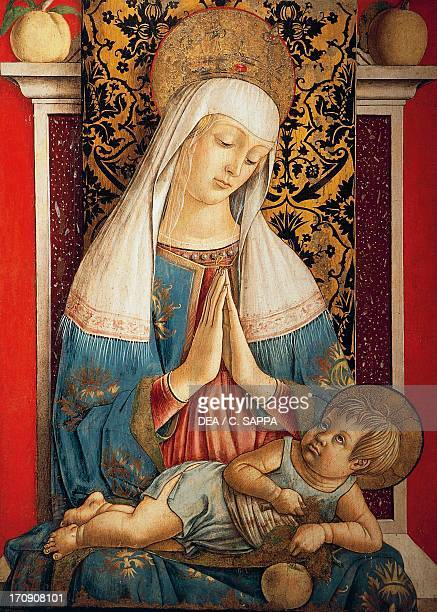 the annunciation painting carlo crivelli