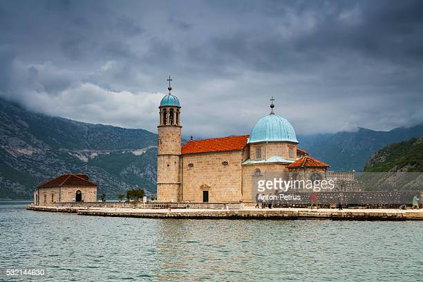 our lady of the rocks church (gospa od skrpjela) on bay of kotor in perast, montenegro - anton petrus stock pictures, royalty-free photos & images