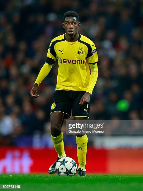 Ousmane Dembele Borussia Dortmund controls the ball during the UEFA Champions League group F match between Real Madrid CF and Borussia Dortmund at...