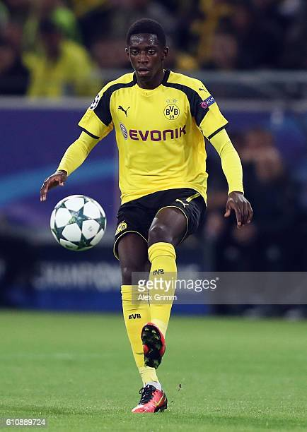 Ousmane Dembele of Dortmund controles the ball during the UEFA Champions League Group F match between Borussia Dortmund and Real Madrid CF at Signal...