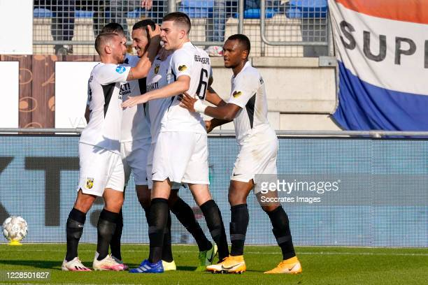 Oussama Darfalou of Vitesse celebrates 0-1 with Jacob Rasmussen of Vitesse, Eliezer Dasa of Vitesse, Maximilian Wittek of Vitesse during the Dutch...