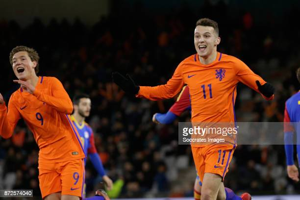 Oussama Idrissi of Holland U21 celebrate 30 with Sam Lammers of Holland U21 during the match between Holland U21 v Andorra U21 at the De Vijverberg...