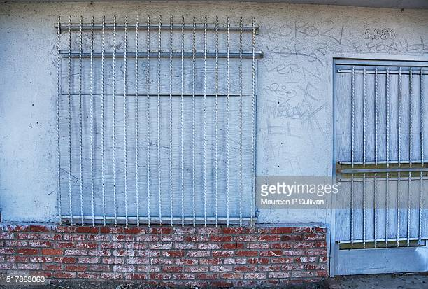 out of business - compton california stock pictures, royalty-free photos & images