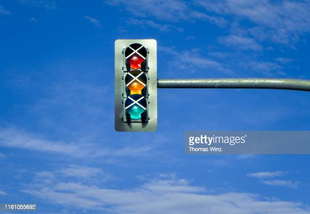 out of order traffic light - traffic light stock pictures, royalty-free photos & images