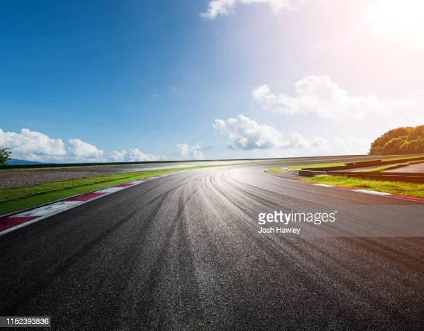 outdoor  asphalt  road - サーキット場 ストックフォトと画像