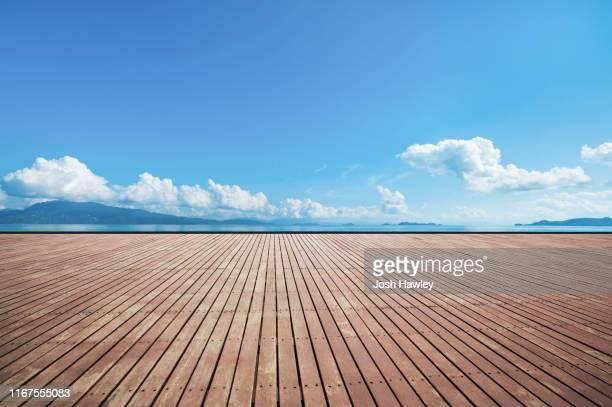 outdoor parking lot - terrasse panoramique photos et images de collection