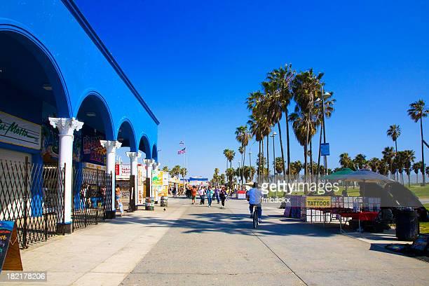 Outdoor photo Venice Beach Boulevard with blue sky