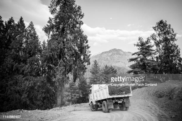 outdoor scenes in paro - paro district stock pictures, royalty-free photos & images