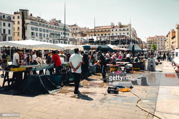Openlucht vismarkt in Marseille