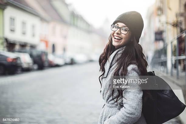 Freien Porträt von eine junge Frau