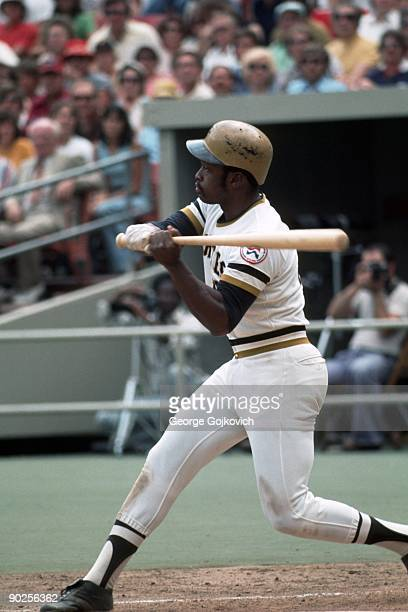 Outfielder Al Oliver of the Pittsburgh Pirates bats during a Major League Baseball game at Three Rivers Stadium circa 1975 in Pittsburgh Pennsylvania