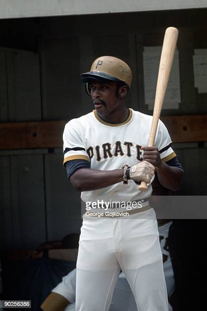 Outfielder Al Oliver of the Pittsburgh Pirates looks on from on deck before batting during a Major League Baseball game at Three Rivers Stadium circa...