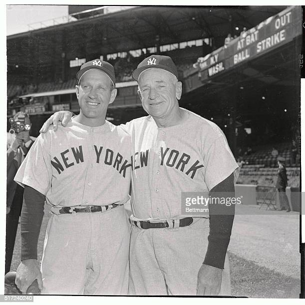 Outfielder Enos Slaughter left traded from the St Louis Cardinals reports to his new boss Yankee Manager Casey Stengel for the WashingtonNew York...