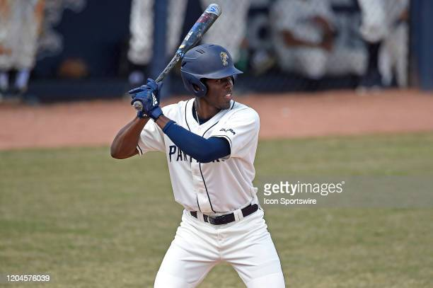 Outfielder Justin Farmer bats in the second inning as the Pepperdine University Waves faced the FIU Golden Panthers on March 1 at FIU Baseball...