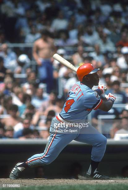 Outfielder Kirby Puckett of the Minnesota Twins bats against the New York Yankees during a Major League Baseball game circa 1984 at Yankee Stadium in...