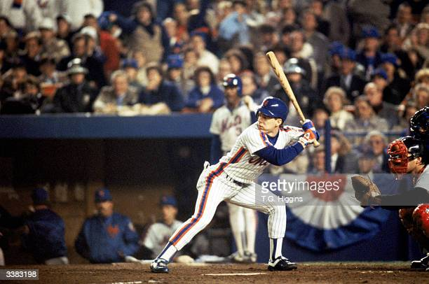 Outfielder Lenny Dykstra of the New York Mets at bat during game 7 of the 1986 World Series against the Boston Red Sox at Shea Stadium on October 27...