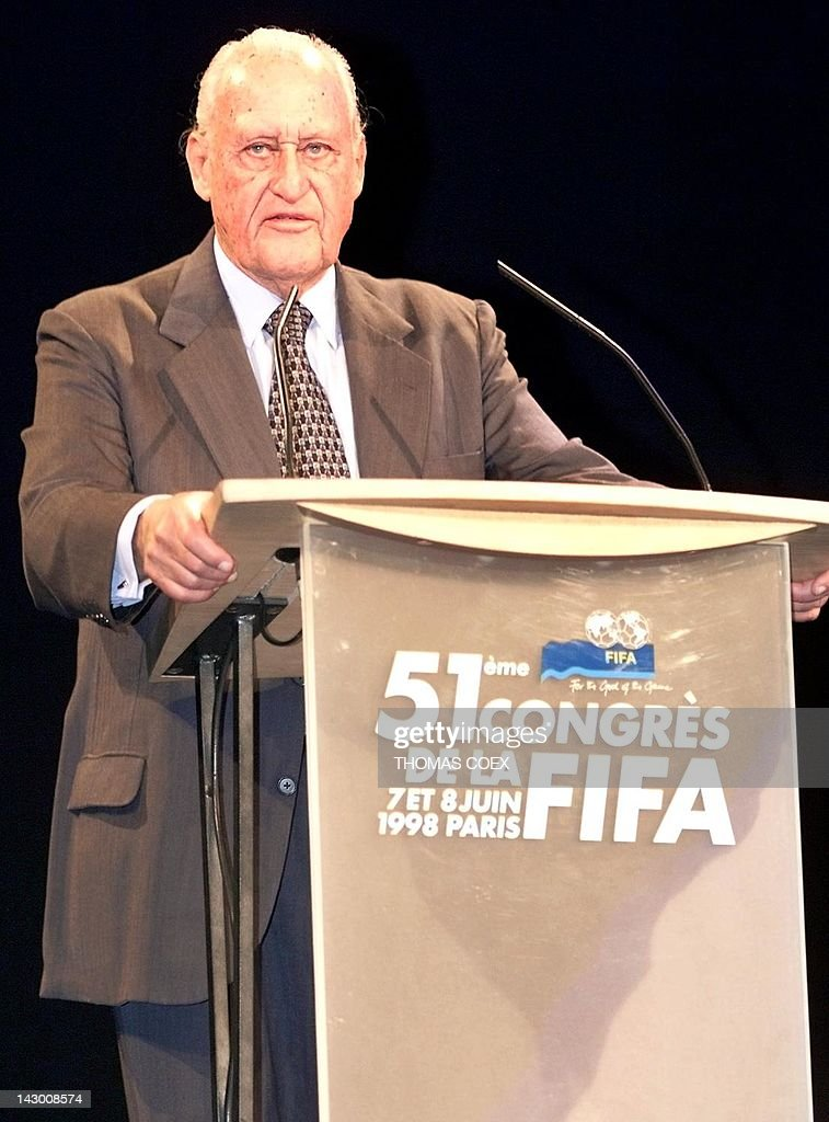 Outgoing 82-year-old FIFA president Joao Havelange of Brazil holds the opening speech of the 51th FIFA congress, 07 June in Paris. During this congress, a secret vote is to be held to designate a new president of the international soccer organization 08 June. The candidates are Swiss 62-year-old FIFA general secretary and Swedish UEFA president Lennart Johansson.