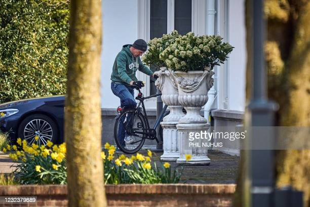 Outgoing Netherland's Prime Minister Mark Rutte arrives at The Catshuis in The Hague, for a consultation with members of the outgoing cabinet and...